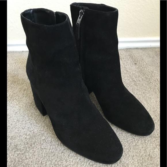 55e8b09f3d0ecb Sam Edelman Taye booties in black. Size 8.5. M 5b6778a61070eeee95f5f99e